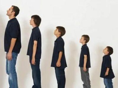 В каком возрасте мальчики вытягиваются