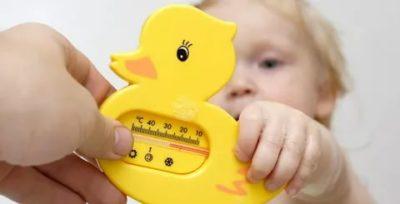 Какая температура должна быть в комнате при купании малыша