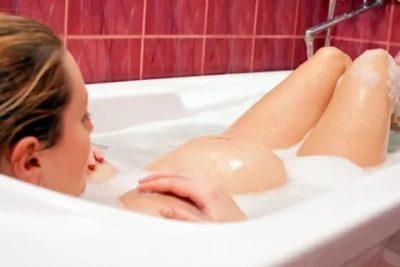 Можно ли купаться в ванной во время беременности