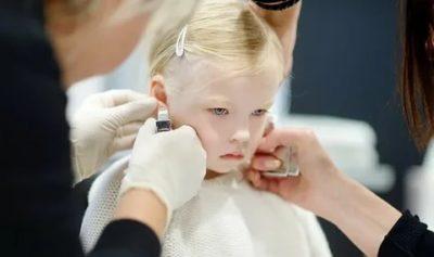 Когда лучше ребенку прокалывать ушки