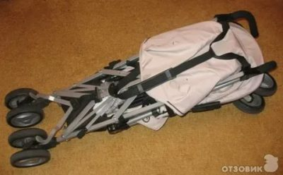 Как разложить детскую коляску трость